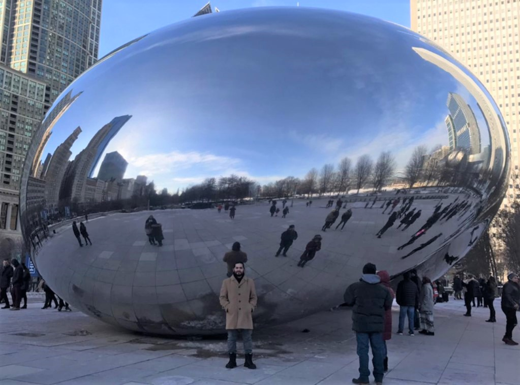 International medical student from Bahrain during a U.S. clinical experience in Chicago.
