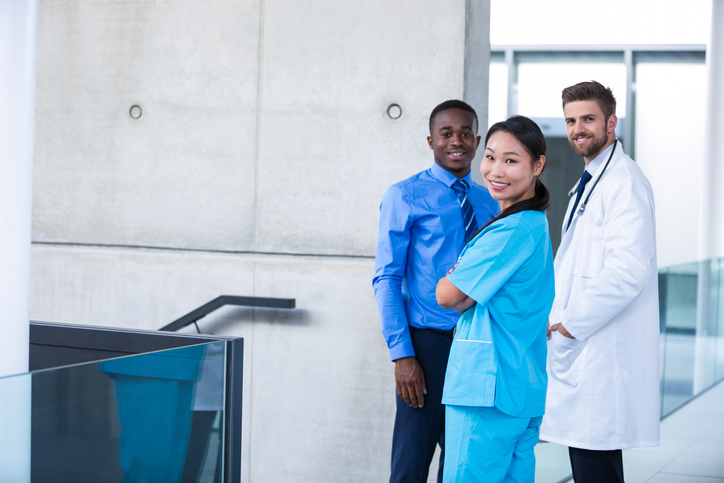A medical student lears the value of clinical experiences in the U.K.