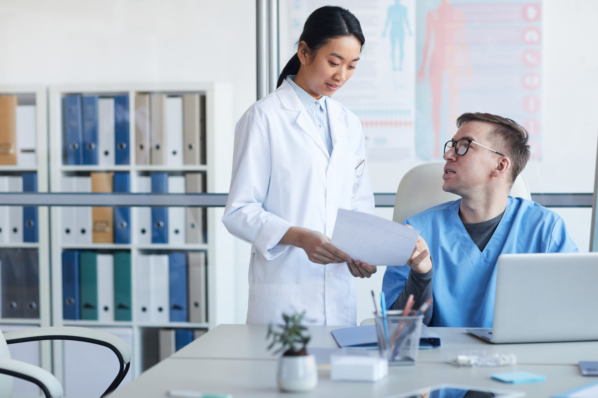 """MO can help you obtain your Mini-CEX exam through one of our US Clinical Experiences, but watch out for providers who advertise that a Mini-CEX exam is """"guaranteed"""" during their programs"""